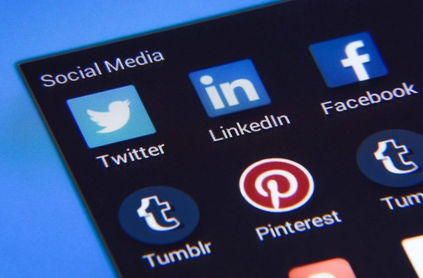 Social Media, Forex Groups